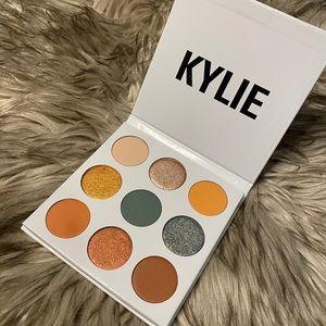 Kylie cosmetics eyeshadow palette